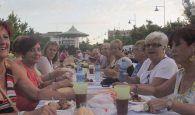 Barbacoa y copla española para la cena de los jubilados en Cabanillas