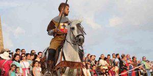 Cerca de 25.000 personas han llenado la ciudad de Sigüenza en sus XX Jornadas Medievales