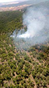 Controlado un incendio en Fresneda de la Sierra que ha movilizado, hasta el momento, a 59 personas