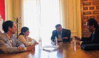 El Ayuntamiento de Cuenca recibe a la empresa Future Space, que ultima su implantación en la ciudad