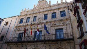 El Equipo de Gobierno del Ayuntamiento de Cuenca propondrá la dedicación exclusiva de 8 de los 25 concejales que integran el pleno