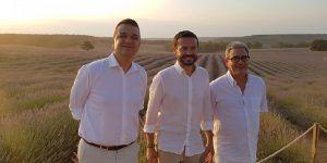 La Junta seguirá trabajando para que el cultivo de las aromáticas sea fuente de riqueza y de desarrollo rural en la comarca de La Alcarria