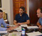 Mota del Cuervo presenta sus terrenos industriales al responsable de Invierte en Cuenca