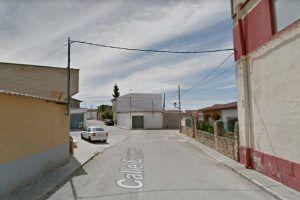 Un hombre de 56 años se suicida tras matar de un disparo a su madre en Casas de Benítez