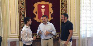 AJE y Ayuntamiento de Cuenca coinciden en la necesidad de potenciar el emprendimiento para dinamizar la economía local