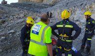 Espectacular rescate de un trabajador tras caer varios metros en una cantera de Poveda de la Sierra