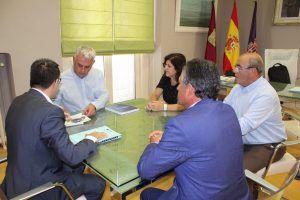 Primera reunión de trabajo entre la presidenta de CEOE-Cepyme Guadalajara y el presidente de la Diputación