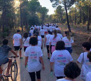 La Junta destaca la solidaridad de Casas de Benítez en la lucha contra el cáncer de mama metastásico
