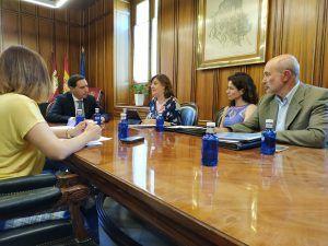 reunion despacho | Liberal de Castilla