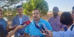 Carnicero anuncia el final del tercer carril de la calle San Agustín para octubre, ante la ausencia de información del gobierno del Ayuntamiento