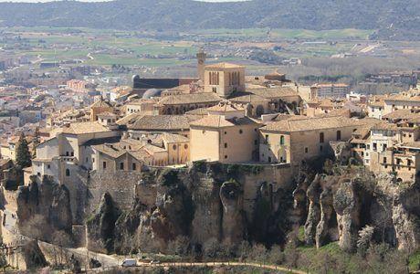 """El Consorcio de la Ciudad de Cuenca licita la obra de """"Intervención sobre los paños de muralla de las traseras de la Catedral de Cuenca"""""""