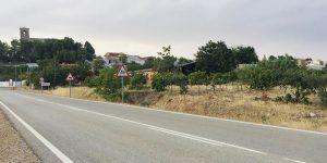 La alcaldesa de Tresjuncos insta a la Diputación de Cuenca a que aproveche unos terrenos que tiene la institución en este pueblo para  construir uno de los Parques de Bomberos
