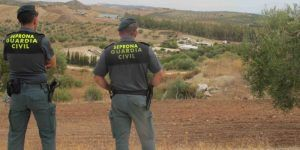La Guardia Civil de Cuenca investiga a una persona por robar piezas de varias máquinas que se utilizan para cortar ajos en Las Pedroñeras