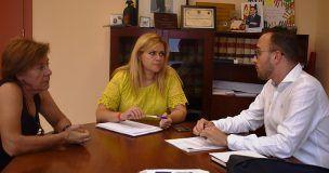 María Ángeles Martínez apuesta por la mejora de los servicios públicos en Graja de Iniesta para fijar población en la zona