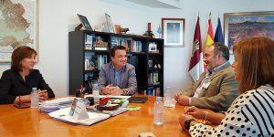Martínez Arroyo traslada la importancia de una posición común en materia de agua donde el primer objetivo sea defender los intereses del conjunto de la ciudadanía
