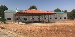 Villarejo de Fuentes se ofrece a la Diputación como sede del parque de bomberos por su estratégica situación geográfica