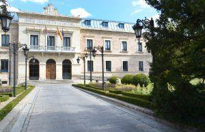 diputación convoca ayudas para la instalación de desfibriladores por valor de 85.000 euros | Liberal de Castilla