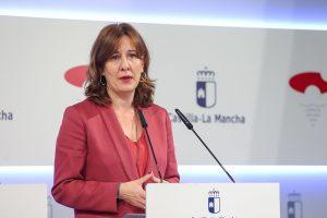 El Gobierno regional prorroga durante un año más al personal contratado para reforzar la atención a las personas dependientes