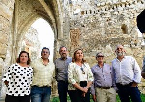 El Gobierno regional valora que el Monasterio de Santa María de Bonaval entre a formar parte de la Red de Yacimientos y Monumentos Visitables