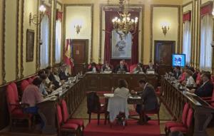 """El PP en el Ayuntamiento de Guadalajara confirma que la comisión del Mercado de Abastos nace """"con las conclusiones hechas"""" y la califica de """"teatrillo electoral"""""""