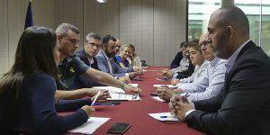 El subdelegado del Gobierno en Guadalajara visita el cuartel de Azuqueca de Henares y se reúne con los alcaldes de la zona