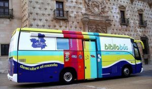 Gobierno regional, Diputación de Guadalajara y Fundación Impulsa firman un convenio para mejorar el servicio de bibliobuses