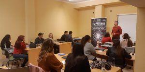 """Jóvenes de Iniesta se forman a través del programa """"Aprende a emprender"""""""