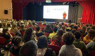 La biblioteca de Alovera difunde la vida y obra de Cela a los alumnos del IES Carmen Burgos de Seguí