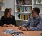 La Junta agradece a la Escuela Oficial de Idiomas ´Sebastián de Covarrubias´ que sea un referente en la región por la calidad educativa ofrecida