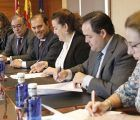 """Los tres grupos de las Cortes regionales firman el Pacto por la Infancia de Unicef, """"uno de los más potentes de España"""""""