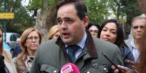 Núñez denuncia que Page olvida los intereses de la región cuando está con Pedro Sánchez