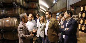 """Paco Núñez  """"No podemos permitir que nuestro olivar, nuestra viña o nuestro queso se vean perjudicados por cambios en la política arancelaria"""""""