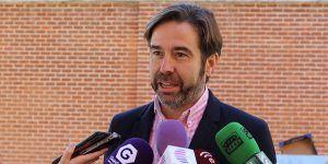 Robisco le recuerda a Page sus promesas de mejora del Centro Especial Virgen del Amparo en su visita a Guadalajara
