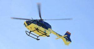 Trasladan en helicóptero a un niño de un año al caer desde un primer piso en Sacedón