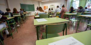 Un total de 1.163 personas se examinan este domingo en Guadalajara para obtener una plaza de Auxiliar de Enfermería o Auxiliar Técnico Educativo
