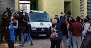 Archivada la denuncia a los 22 activistas de la PAH por el desahucio de Safira Sánchez en 2018
