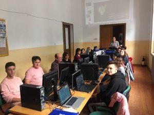 Cerca de veinte alumnos participan en Belmonte en un curso de redes sociales en el sector de la hosteria y el turismo