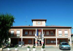 El equipo de Gobierno de Villanueva de la Torre defiende su gestión al frente del Ayuntamiento y mantiene su nivel de compromiso y exigencia