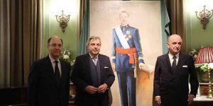 La emblemática Real Gran Peña conmemora su sesquicentenario con un retrato de Felipe VI obra de Emilio Fernández-Galiano