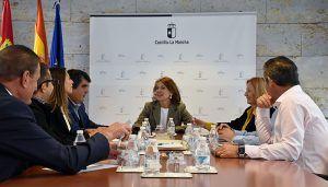 La Junta y la Asociación de Residencias de la Tercera Edad de Castilla-La Mancha tratan el diseño del futuro marco de concertación