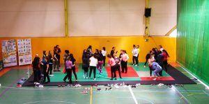 Más de 80 mujeres aprenden técnicas de autodefensa en Cabanillas