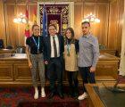 Martínez Chana recibe a los palistas del Club Piragüismo Cuenca que participaron en el pasado mundial de China