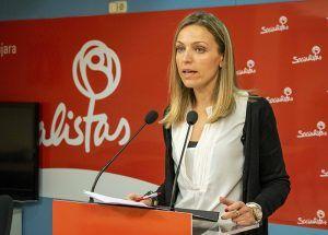 Merino recalca que Castilla-La Mancha tendrá la primera ley que apoya de manera específica el reconocimiento profesional de las mujeres en el ámbito rural