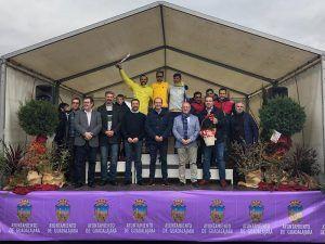 Alberto Rojo reitera su compromiso con el deporte local de Guadalajara durante la XX Media Maratón