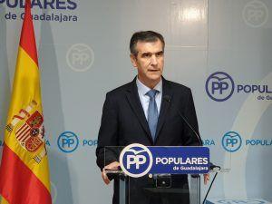 """Antonio Román muestra su preocupación por el """"parón"""" en la creación de empleo desde que gobierna el PSOE"""