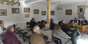 Canales se reúne con alcaldes de la Sierra Norte para explicarles el procedimiento de solicitud de instalación de cámara de videovigilancia