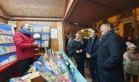 Cientos de niños y niñas inauguran la Navidad en Cuenca