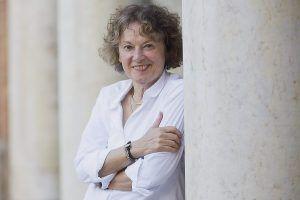 Charla en Cabanillas sobre lectura y narración con la antropóloga francesa Michèle Petit