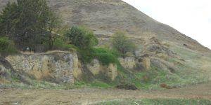El Ayuntamiento de Huete y la Fundación Huete Futuro recuperan parte de la muralla y acondicionan su entorno