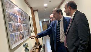 El Gobierno de Castilla-La Mancha y Correos estudian suscribir acuerdos para implementar servicios en el medio rural